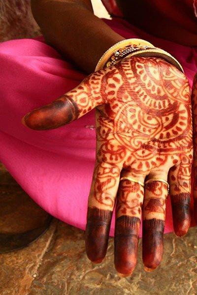 Indian-Henna-HandsA